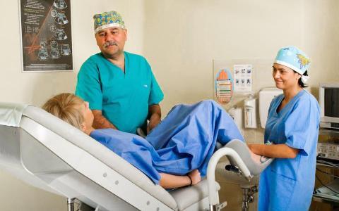 Medifem, Dr. Andrzej Barwijuk